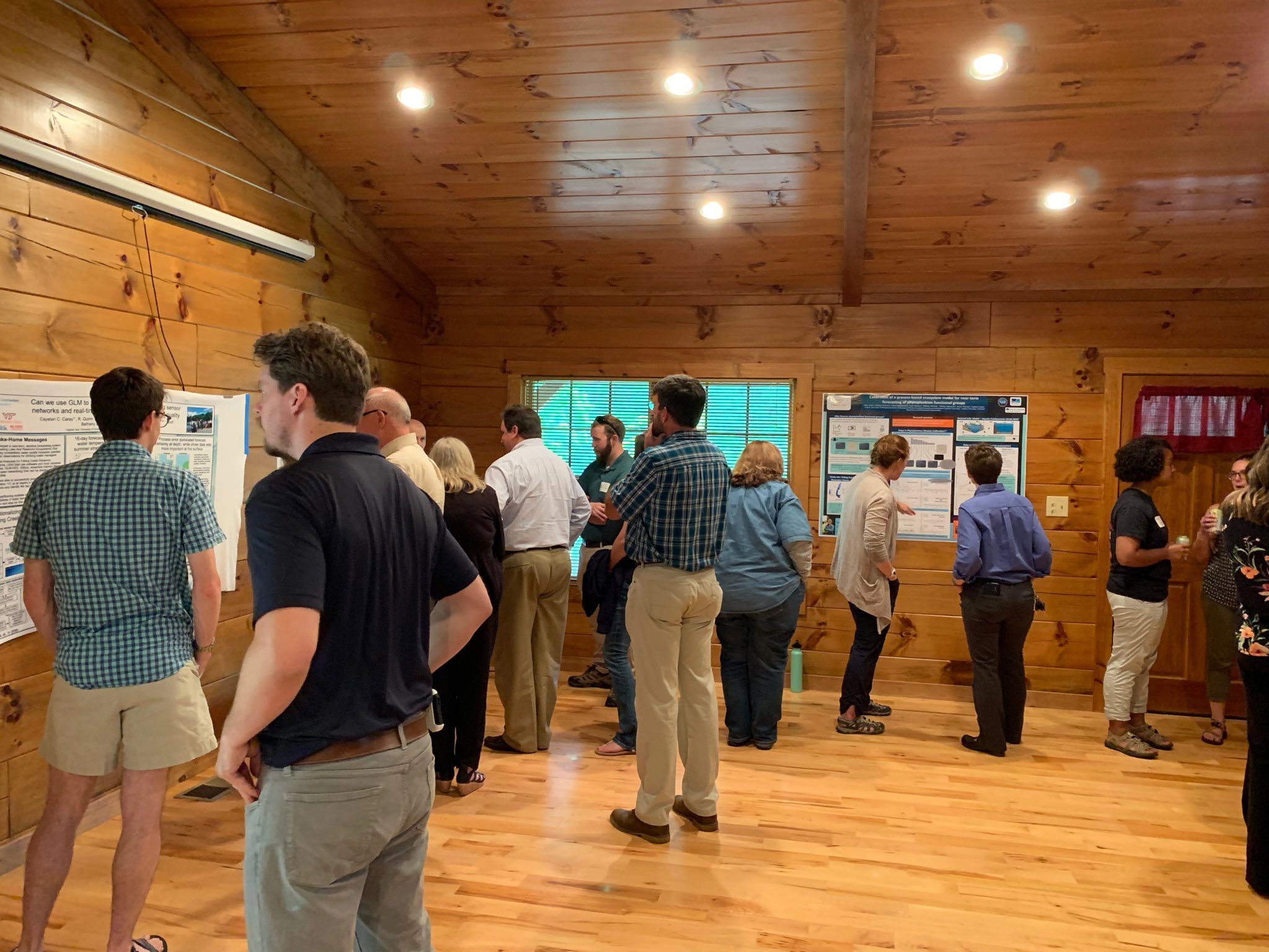 Great way to cap off day 2 of the SmartReservoir.org workshop: poster session w our water utility manager partners! ⁦@NSF_CISE⁩ ⁦@City_of_Roanoke⁩ ⁦@VT_Science⁩